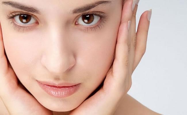 Antiaging Cuidado integral de la piel - Farmacia Llamaquique - Oviedo (Asturias)